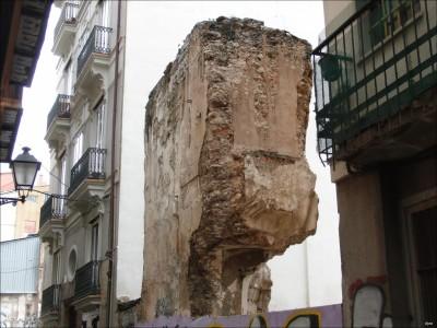 Ruta arqueologica por Valencia Muralla arabe